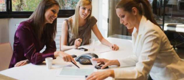 three-businesswomen-in-meeting