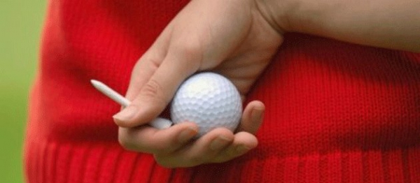 woman-with-golfball