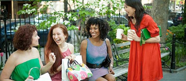 happy-women-on-park-bench