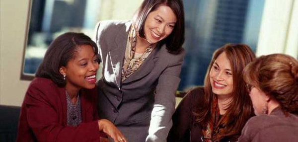 multicultural-business-women