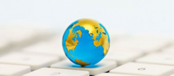 globe-on-keyboard