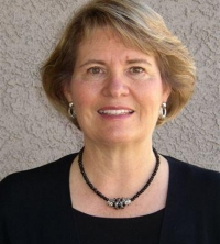 EWGA Names Kathy Thomas as 2010 Nancy Oliver Founder's Award Winner