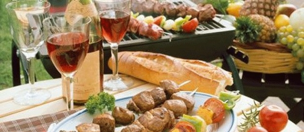 Plan A Perfect Bbq Party With These Seven Easy Tips