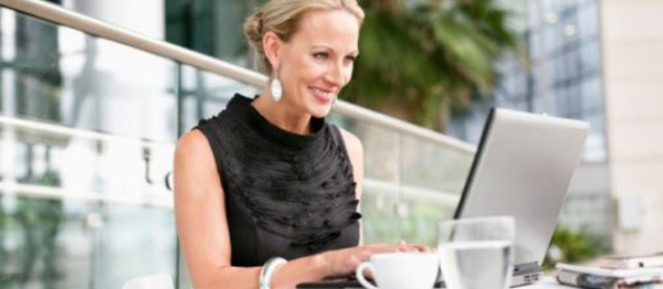 businesswoman-with-laptop-7