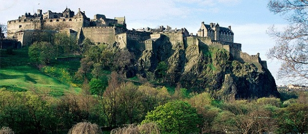 Unless You Live In A Bubble, It's Impossible To Miss Out On Edinburgh Art And Culture!