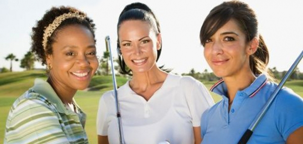 group-of-women-on-golf-course